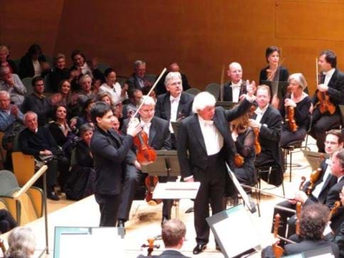 The Berlin Konzerthausorchester in concert. Barcelona Auditori, last March 2nd. Conductor: Dmitrij Kitajenko. Violin: Eric Silberger